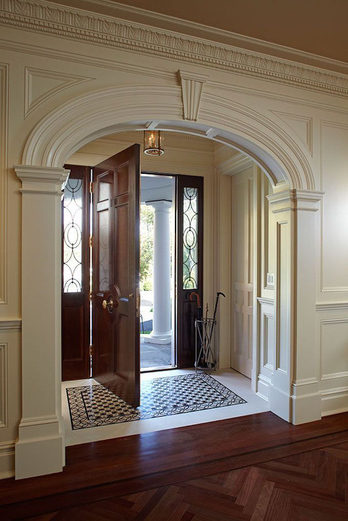 Stunning Foyer Decorating Ideas 32