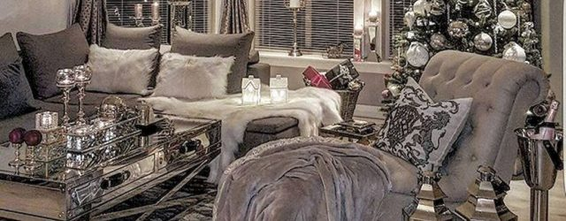 Gorgeous Christmas Living Room Decor Ideas To Look More Beautiful 27