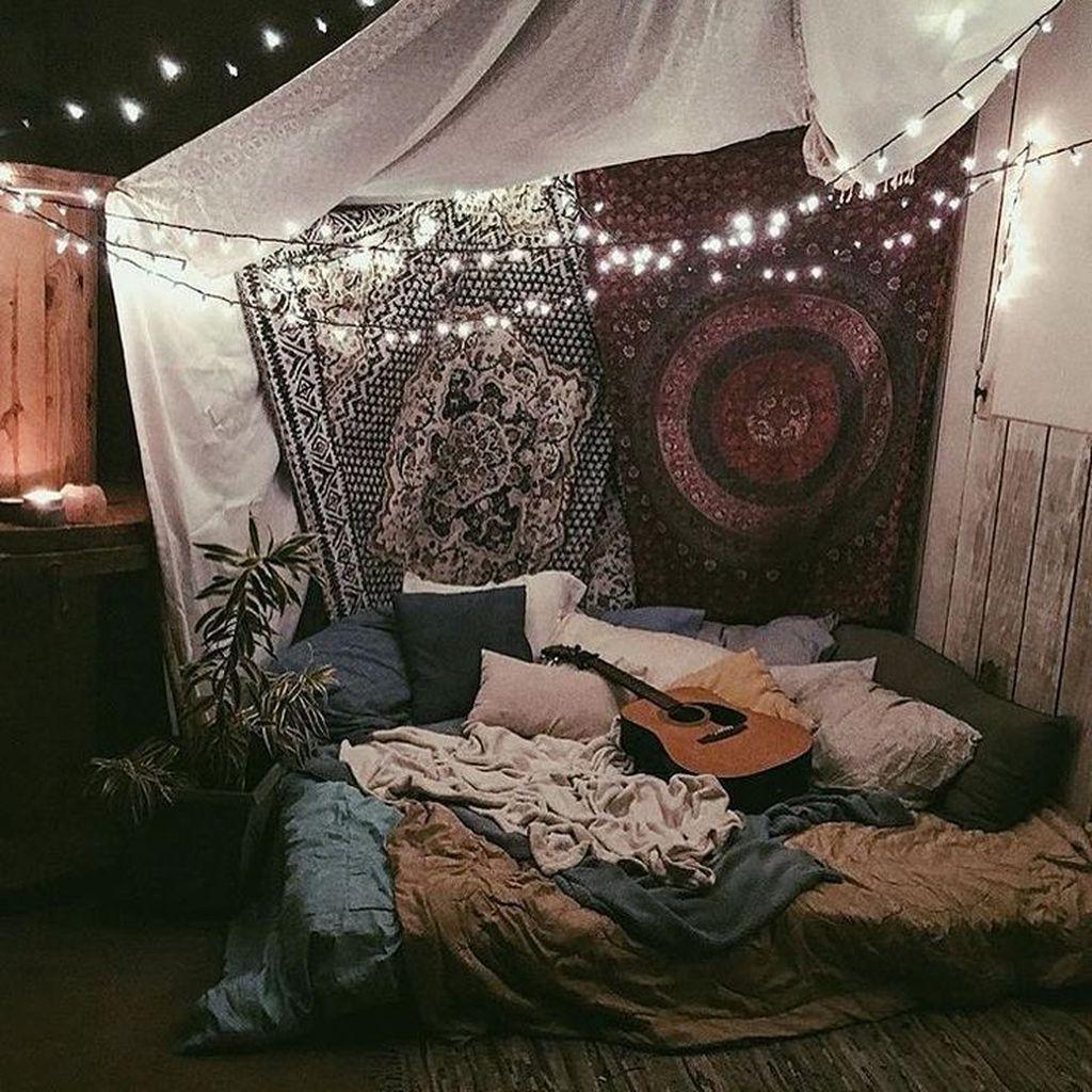 Stunning Hippie Room Decor Ideas You Never Seen Before 41 Hmdcrtn