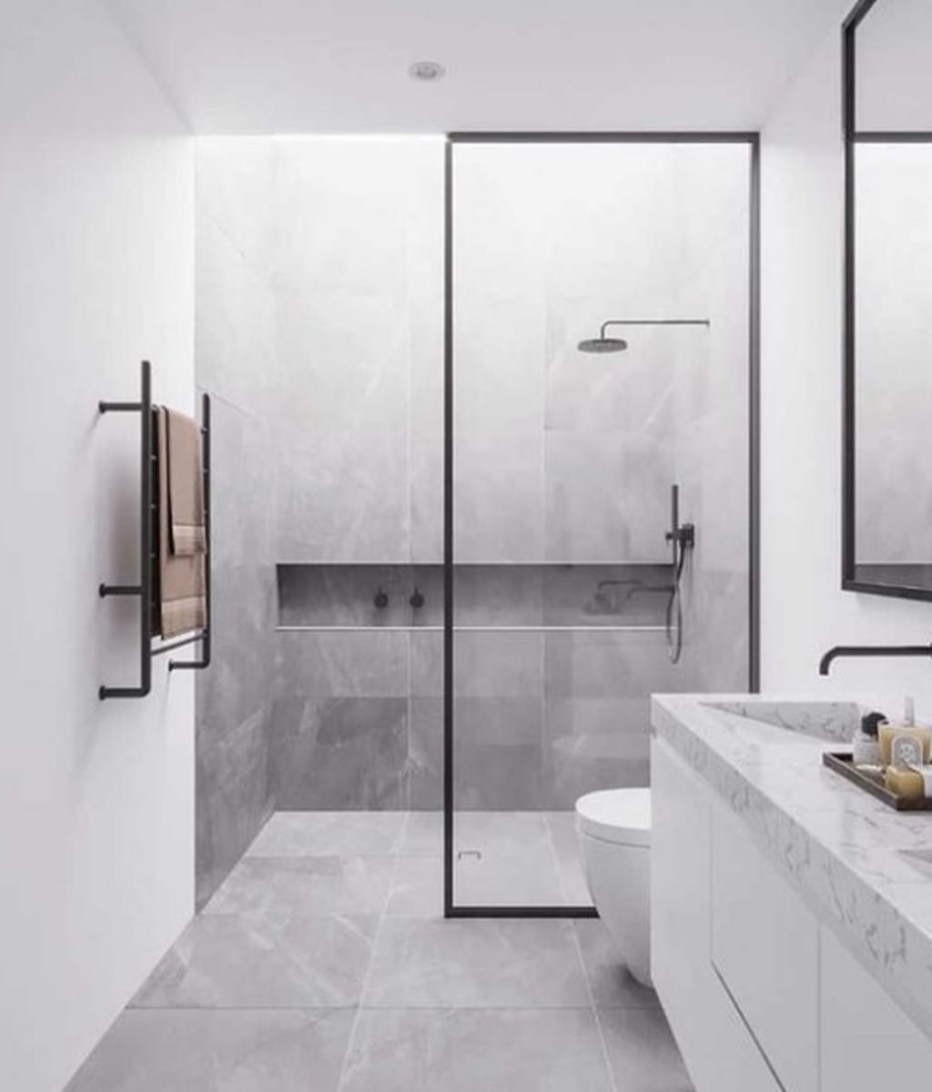Fascinating Minimalist Bathroom Decoration Ideas 23