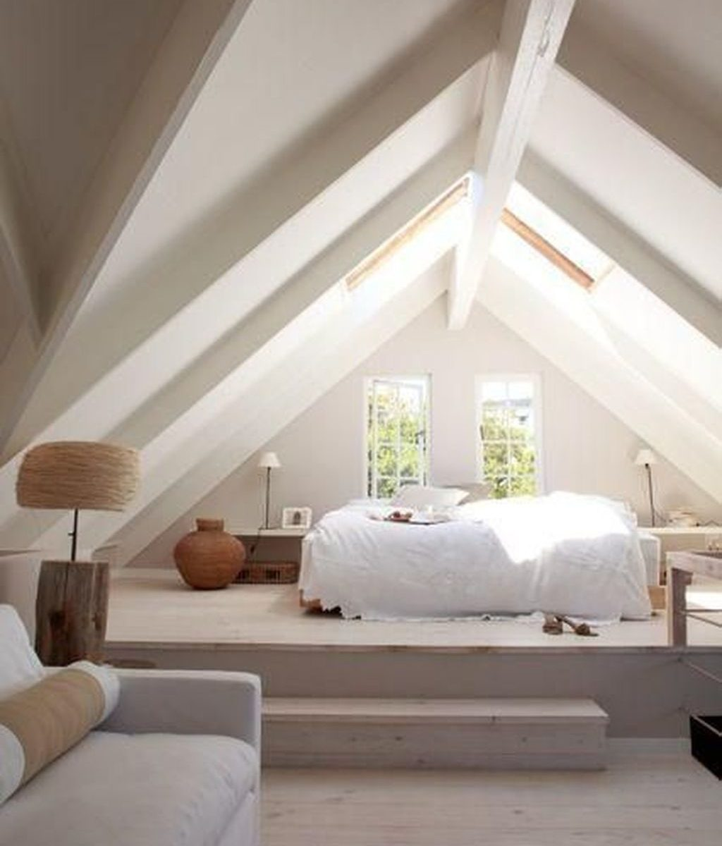 Awesome Attic Bedroom Decorating Ideas You Will Love 12