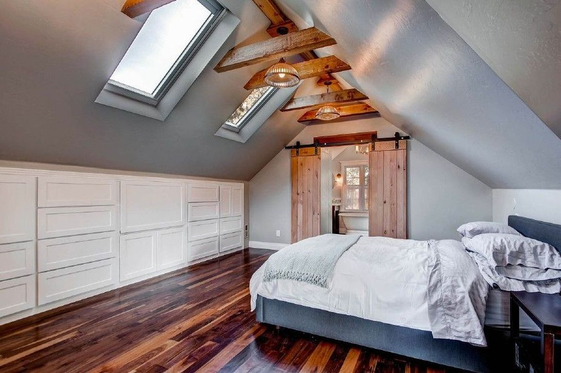 Awesome Attic Bedroom Decorating Ideas You Will Love 20