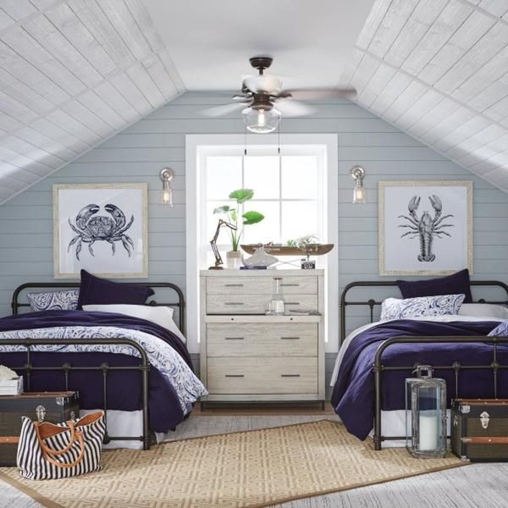 Awesome Attic Bedroom Decorating Ideas You Will Love 31