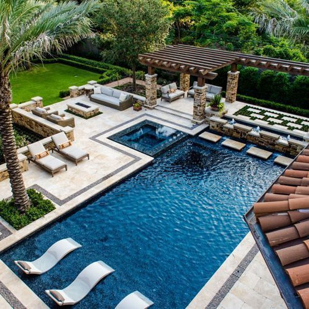 Fabulous Backyard Pool Landscaping Ideas You Never Seen Before 27