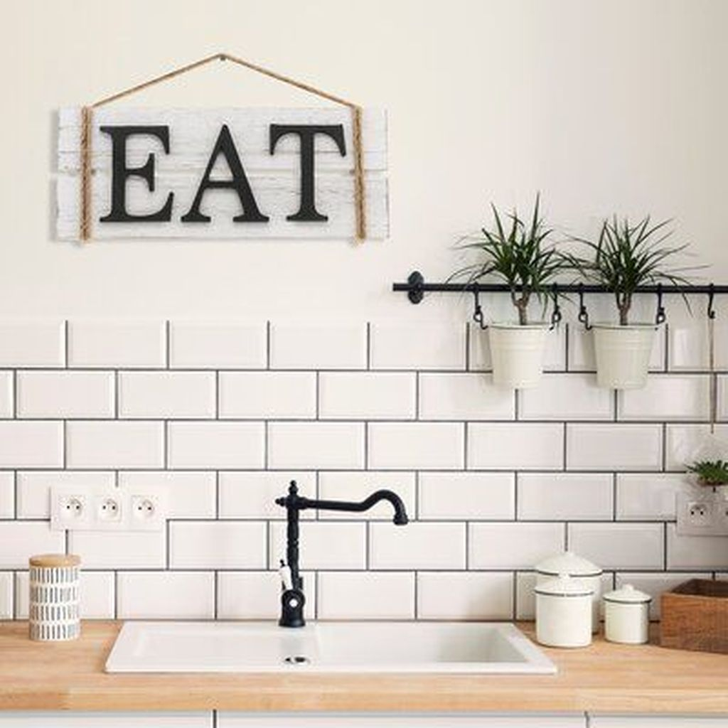 Inspiring Country Kitchen Decor Ideas You Should Copy 10