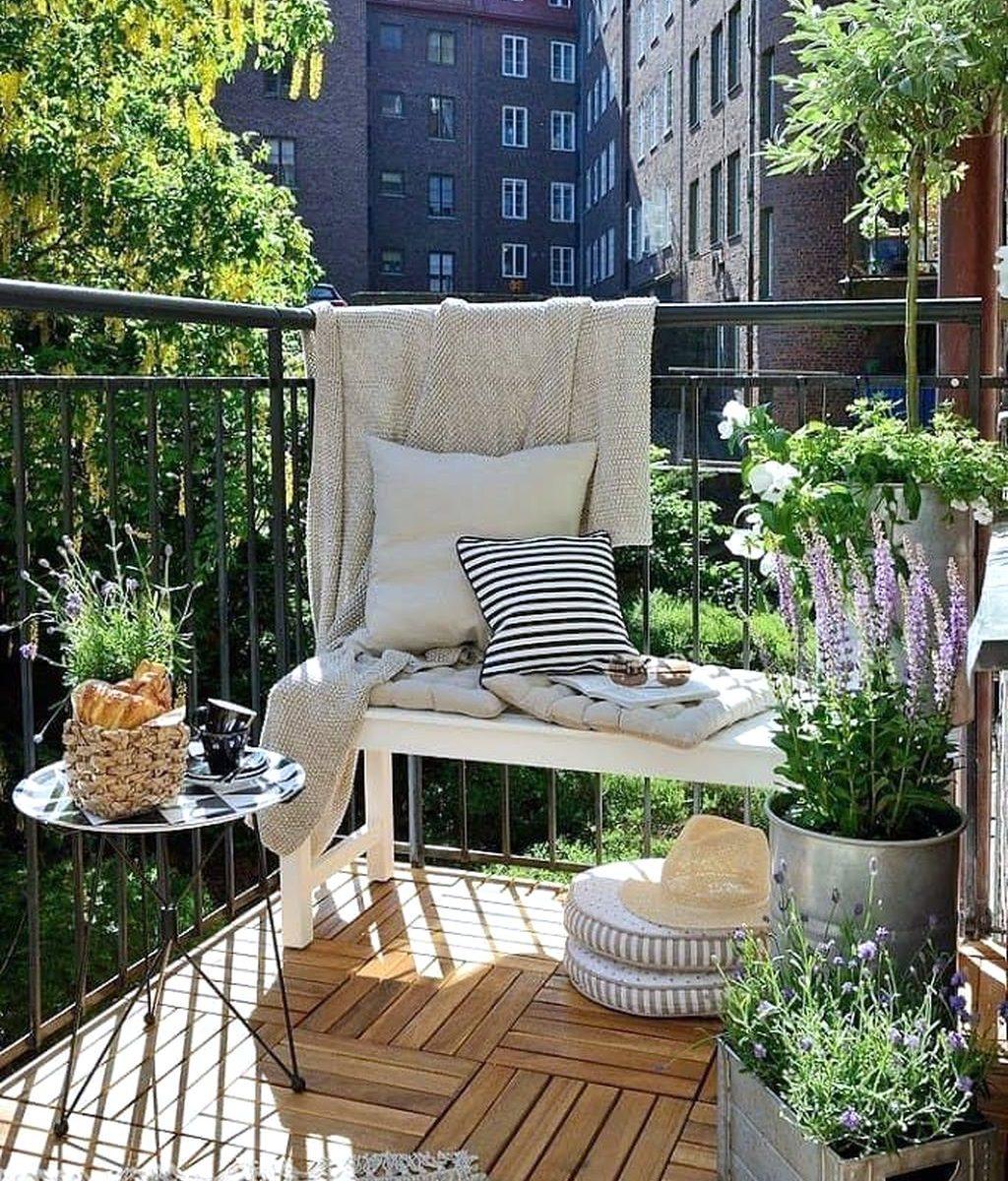 Stunning Apartment Balcony Garden Ideas Look Beautiful 28