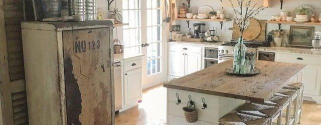 Stunning Farmhouse Kitchen Island Design Ideas 31