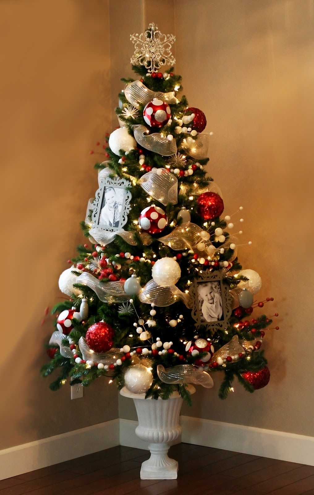 Small Christmas Tree Decorations