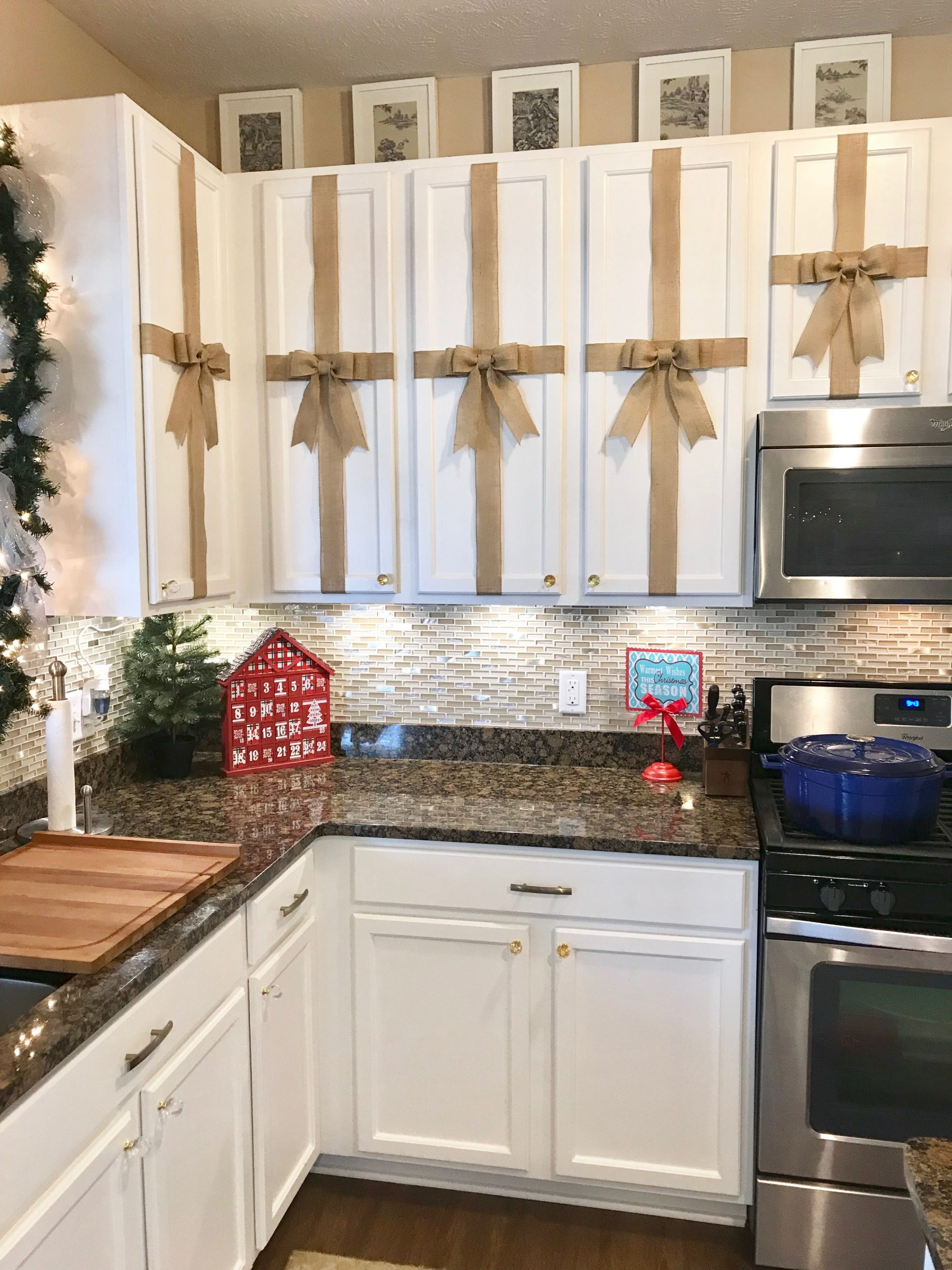 Kitchen Cabinet Christmas Decorations
