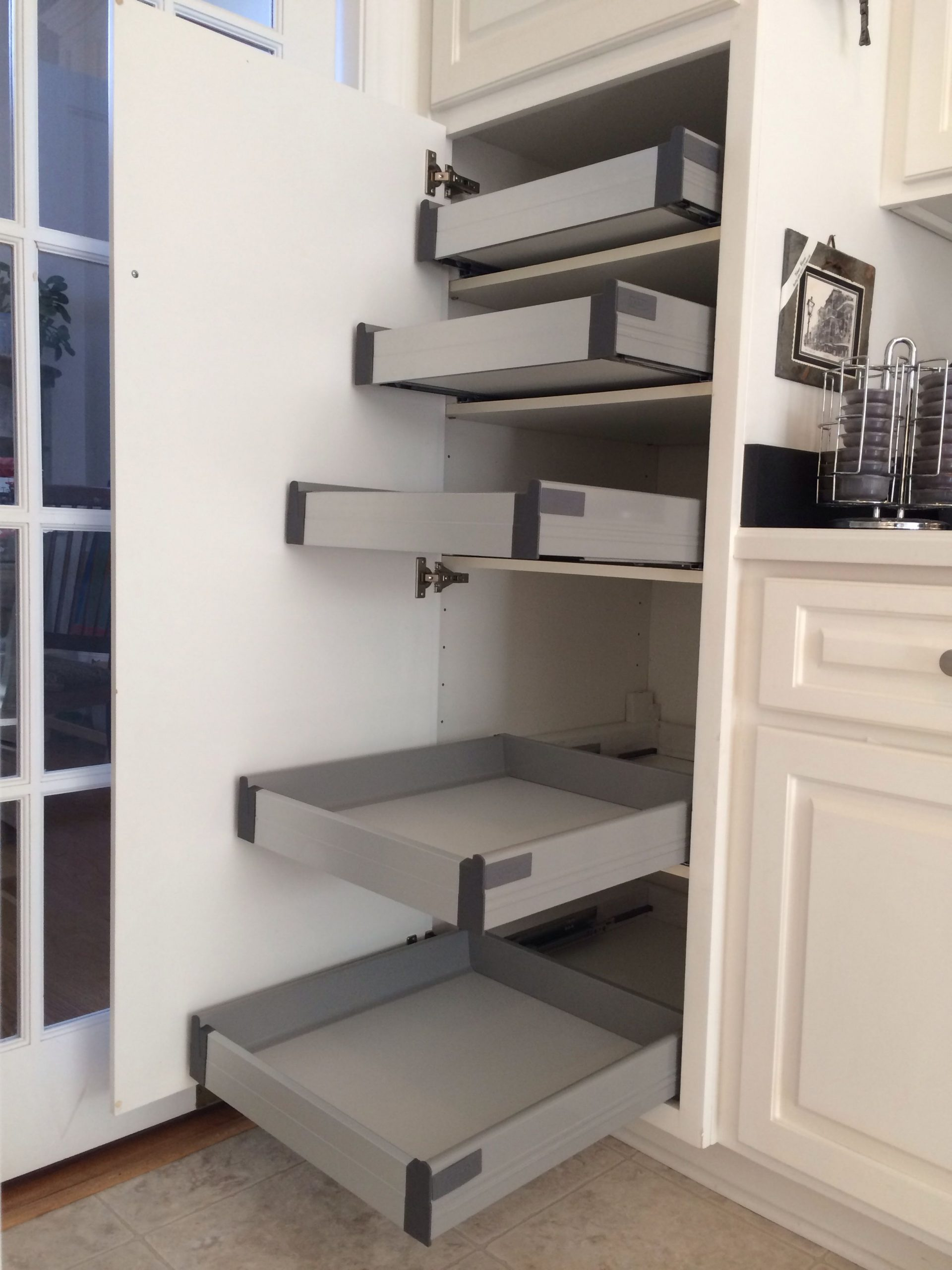 Pull Out Kitchen Shelves