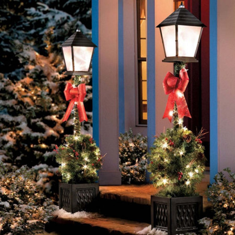 Pre Lit Outdoor Christmas Decorations