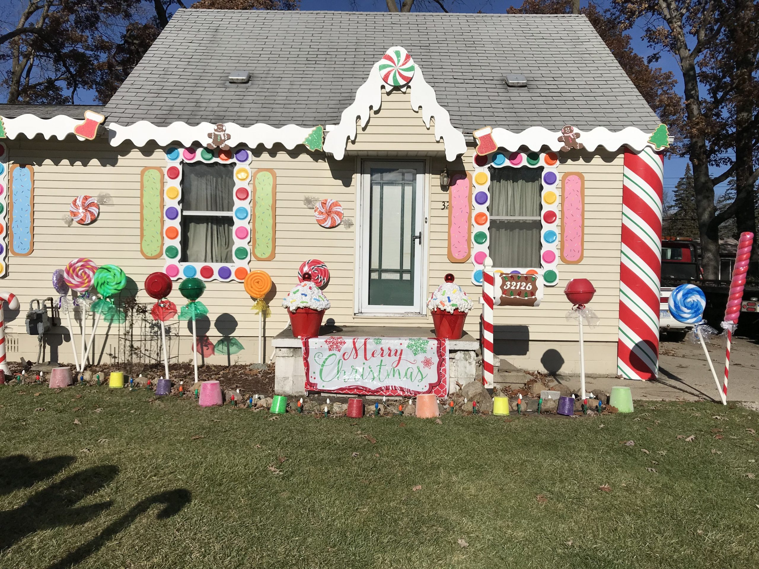 Gingerbread House Decorations Outdoor