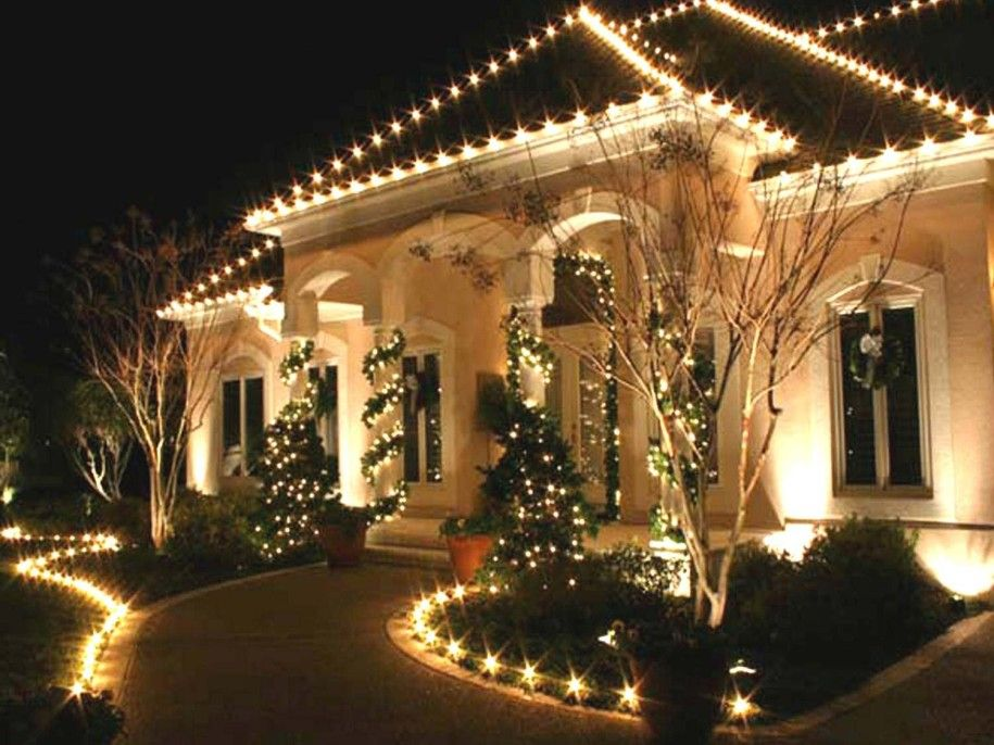 Classy Outdoor Christmas Decorations