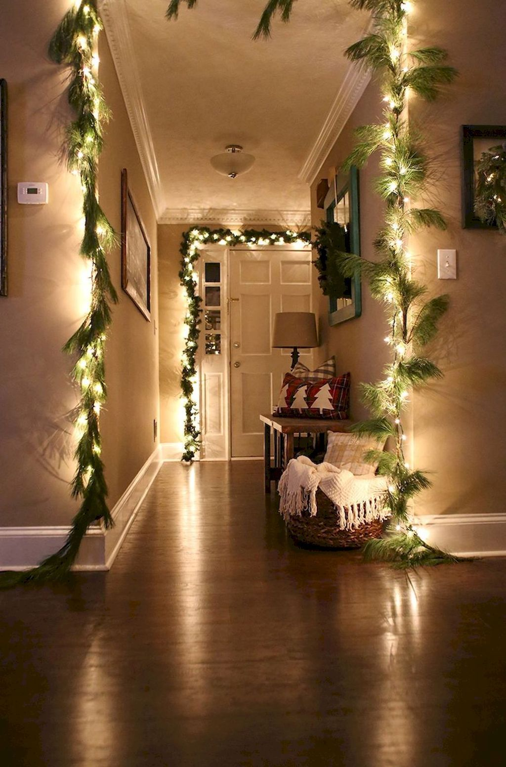 Apartment Christmas Decorating Ideas