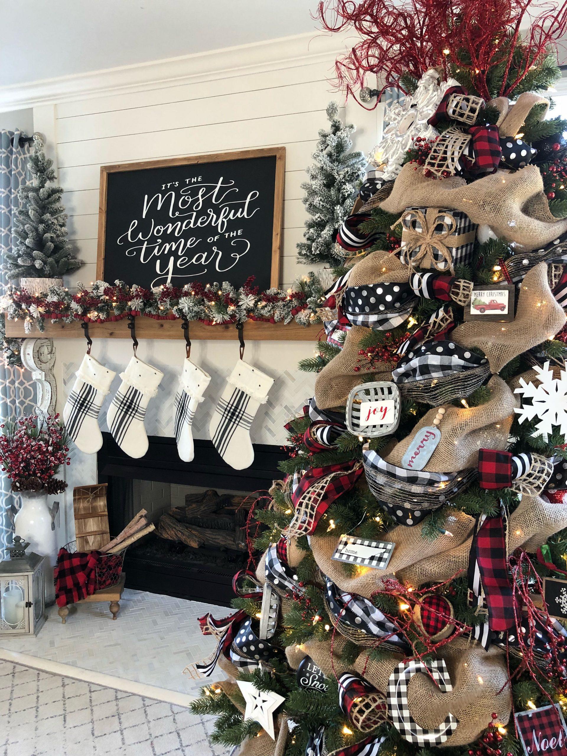 Buffalo Plaid Christmas Decor Ideas